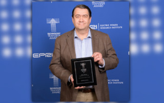 Brian Warner Receives Technology Transfer Award
